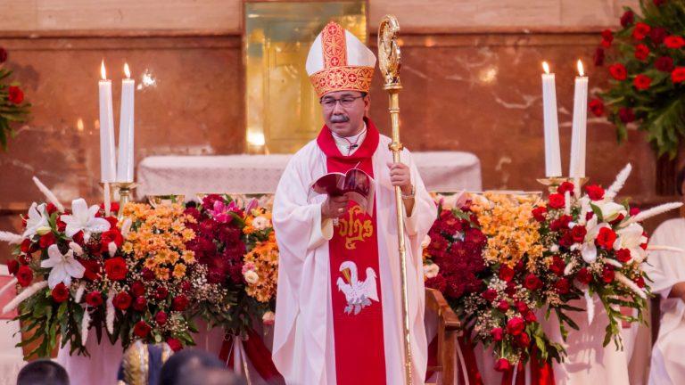 Menjadi man of the church; man of evangelization; dan man of prayer.