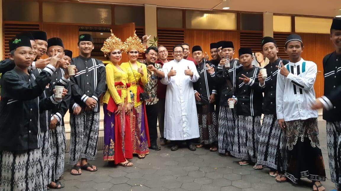 NGOPI (Ngobrol Perdamaian Indonesia)