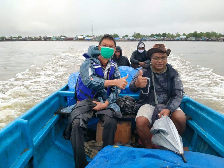 Perjalanan air ke Paroki Malaikat Gabriel Kapi